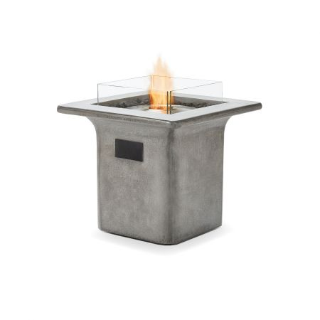 Brown Jordan Fires Strata Pit Shown As Bioethanol Fuel With Optional Glass Screen.