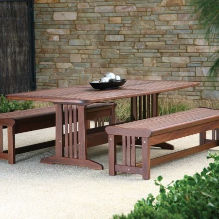 Jensen Leisure Bunbury Table with Lincoln Bench Group