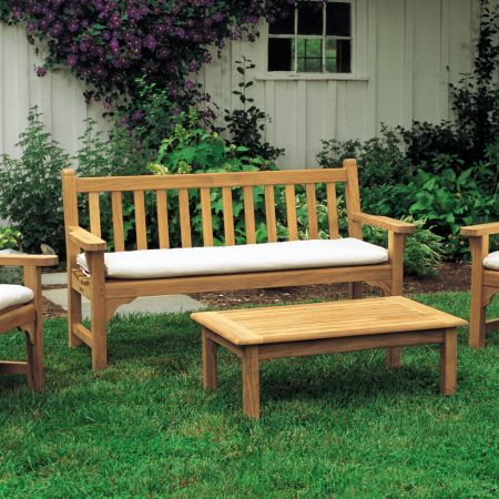 Kingsley Bate Dunbarton 4' Bench With Pair of Dunbarton Garden Arm Chairs and Coffee Table