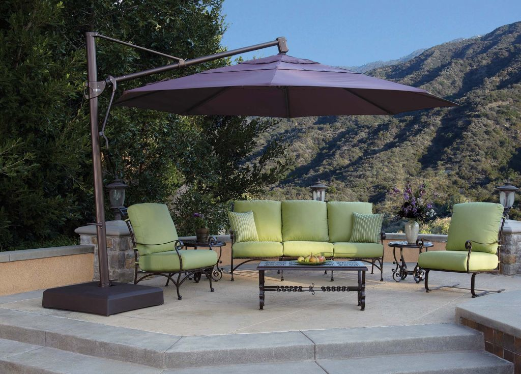 Delicieux ... Treasure Garden 13u0027 Cantilever Freestanding Umbrella Lifestyle ...